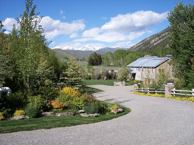 gallery/medium/0 (36)-Garden-Design-Sun-Valley-Idaho.jpg