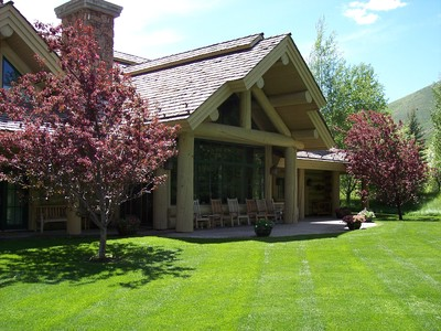 gallery/medium/0 (38)-Garden-Design-Ketchum-Idaho.jpg