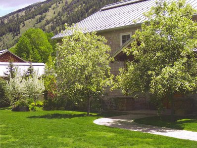 gallery/medium/202 (16)-Gardeners-Ketchum-Idaho.jpg